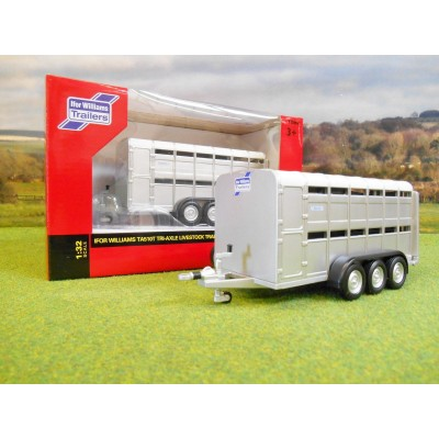 BRITAINS 1:32 IFOR WILLIAMS TA510T TRIAXLE LIVESTOCK TRAILER