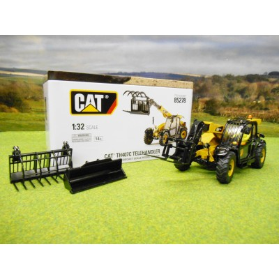 CATERPILLAR 1/32 TH407C TELEHANDLER & ATTACHMENTS